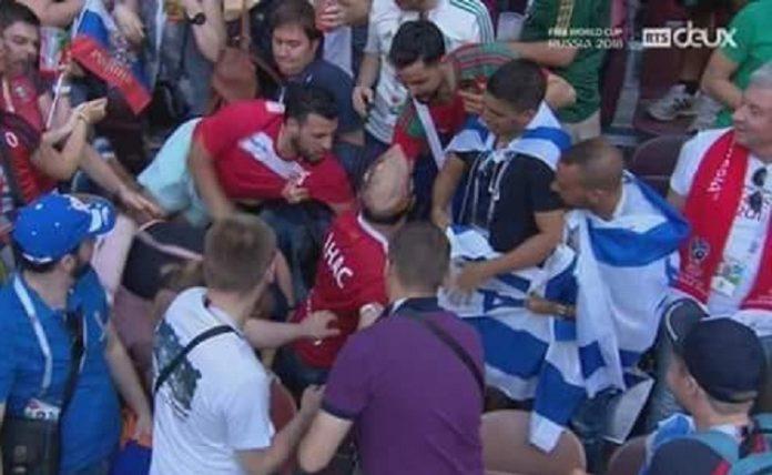 أفراد من الجمهور المغربي يرفضون رفع العلم الصهيوني في مباراة منتخبهم مع البرتغال