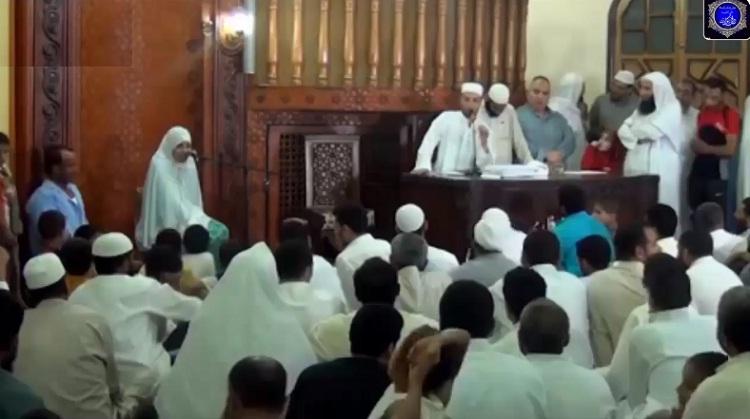 فيديو.. الطفلة مريم معجزة القرآن التى لا تصدق وتتحدى الجميع (سبحان الله)
