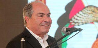 عاهل الأردن يكلف عمر الرزاز بتشكيل حكومة خلفا للملقي