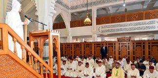 استبدال خطيب مسجد طيبة بسلا الجديدة عند حضور الملك لصلاة الجمعة به.. والخطيب الأصلي يستغرب ذلك!!
