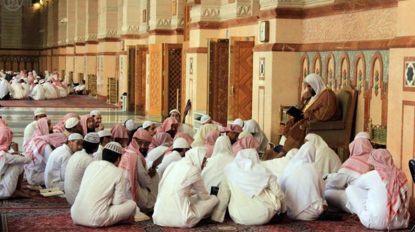 أنباء عن توقيف المحاضرات والأنشطة الدعوية الصيفية بالسعودية!!