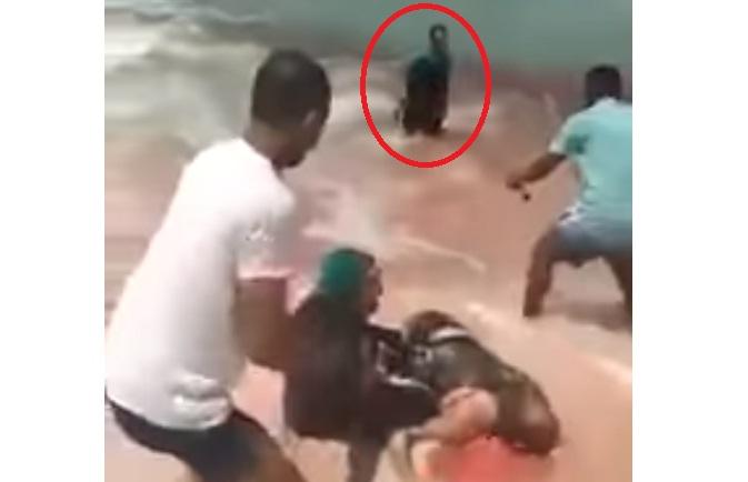 فيديو مروع.. شاب مصري يقتل الزوج بعد أن تحرش بالزوجة!!