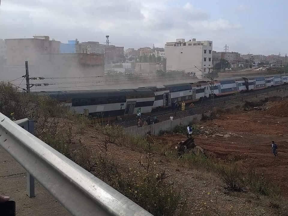 انحراف قطار ببوقنادل سلا: سبع حالات وفاة لحد الساعة وأزيد من 80 جريحا