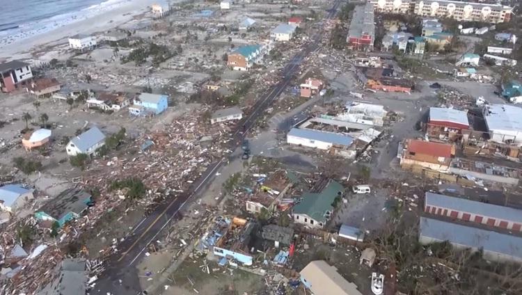 فيديو.. آثار مدمرة لإعصار مايكل على مدينة مكسيكو بيتش بولاية فلوريدا الأمريكية