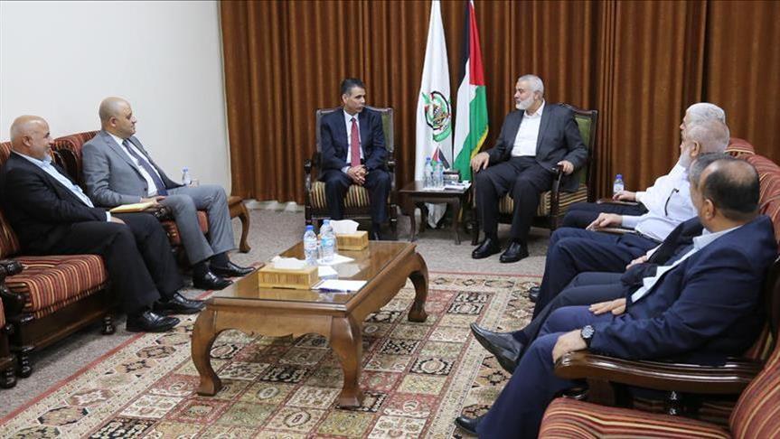 """وفد من """"المخابرات المصرية"""" يلتقي """"هنية"""" بغزة"""