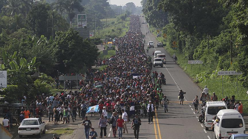 """واشنطن تسمح باستخدام """"القوة المميتة"""" ضد المهاجرين"""