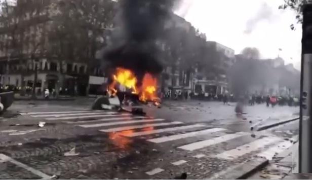 موسكو تنفي إدعاءات دعمها لاحتجاجات فرنسا