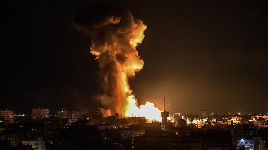 المدفعية الصهيونية تستهدف موقعًا عسكريا تابعًا لحماس بغزة