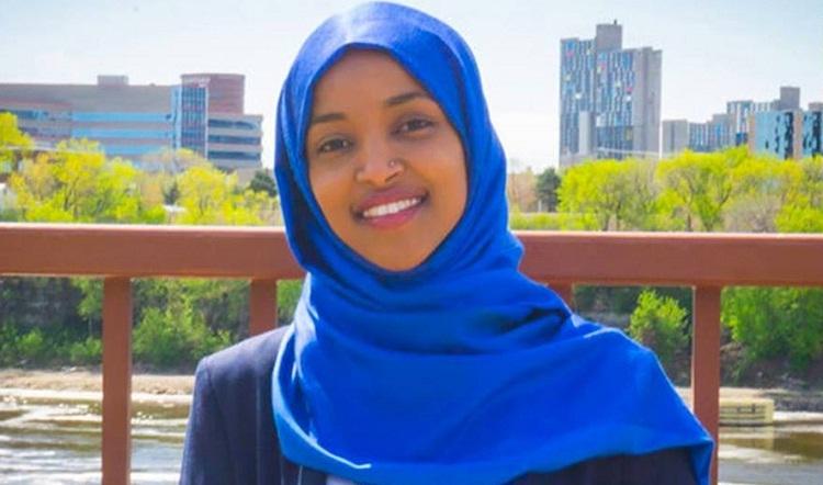 """هجمة """"أيباك"""" المتصهينة على إلهان عمر المسلمة.. مسعى لوأد طموح الأقليات (تحليل)"""
