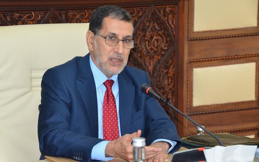 """رئيس الحكومة ينفي وجود أي حالة إصابة بـ""""كورونا"""" بالمغرب ويحذر من نشر أخبار زائفة بشأنه"""