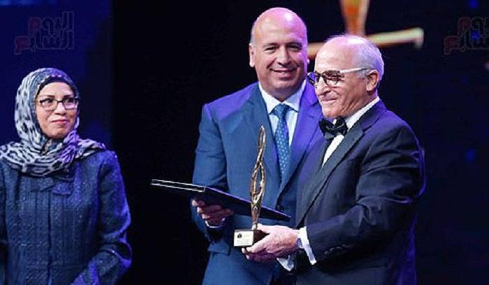 """العالم المغربي رشيد اليزمي يفوز بجائزة """"الإبداع العلمى والتكنولوجى"""" - هوية  بريس"""