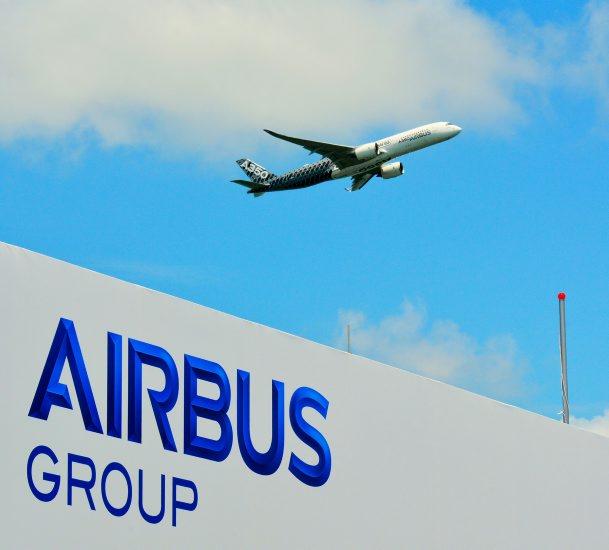 """""""إيرباص"""" تنهي بيع 120 طائرة بقيمة 11 مليار دولار"""