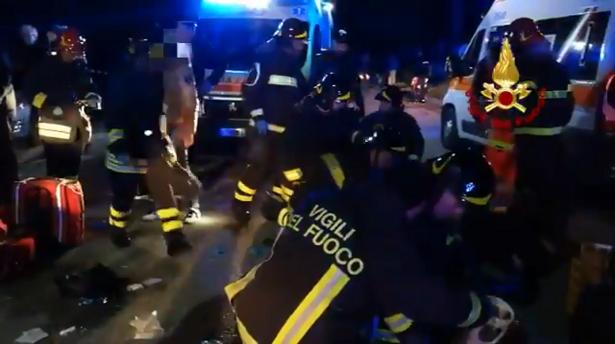 سيارة تقتل مهاجرا مغربيا في إيطاليا وتلوذ بالفرار