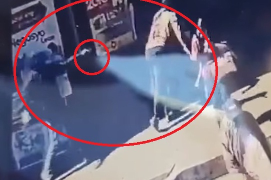 فيديو.. لحظة اغتيال الشيخ عبدالله بيديزيم أشهر داعية إسلامي في الفلبين