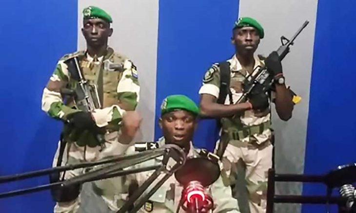 هل شارك جنود مغاربة في إفشال انقلاب الغابون؟ بوريطة يوضح
