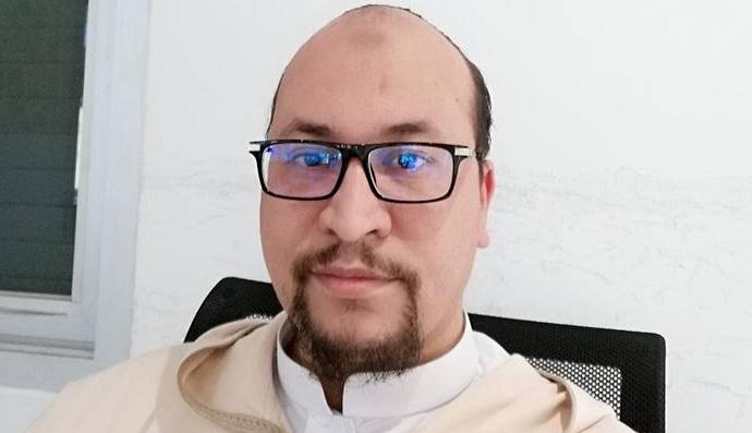 فيديو.. فيديو.. د. عبد السلام أجرير يتحدث عن فرنسة التعليم وتعريبه ويرد على شبه الفرنكفونيين