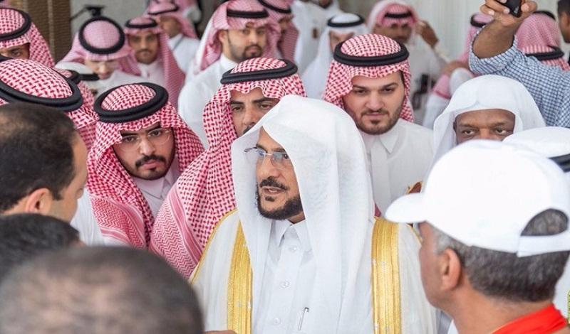 """بالفيديو.. وزير الشؤون الإسلامية السعودي يشتم قطب والددو ويهاجم """"الإخوان المسلمين"""""""