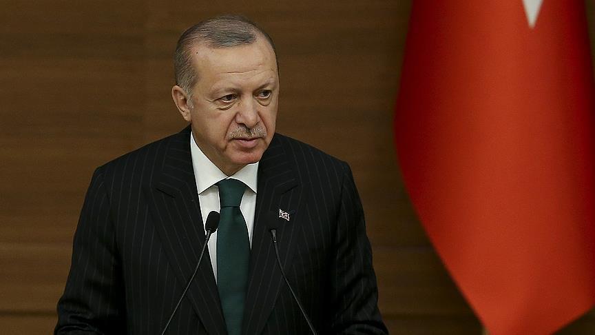 أردوغان يتلو رسالة بعثها من السجن لنجله في التسعينيات