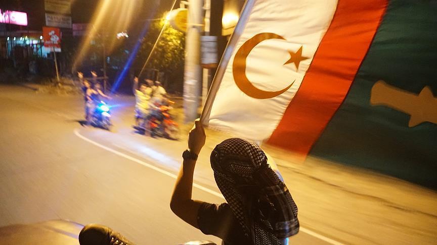 مسلمو مورو يحتفلون ابتهاجا بنتائج استفتاء الحكم الذاتي