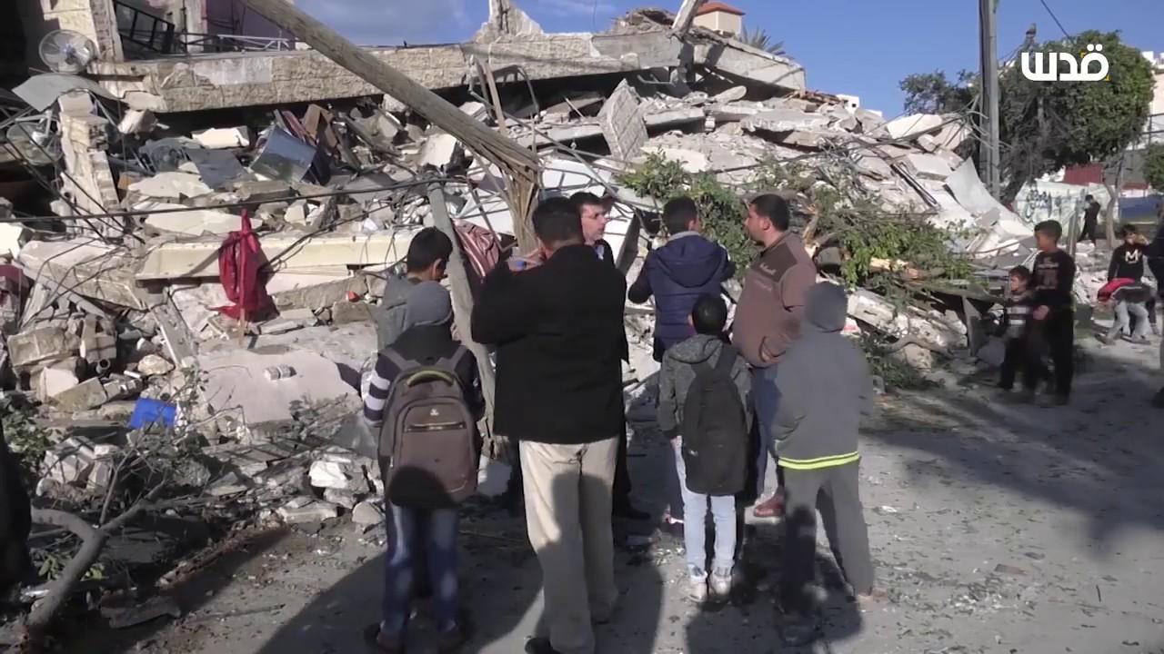 أسر فلسطينية بغزة تفقد منازلها جرّاء القصف الإسرائيلي