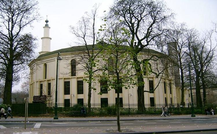 ماذا يقع بالمركز الإسلامي ببروكسل؟!