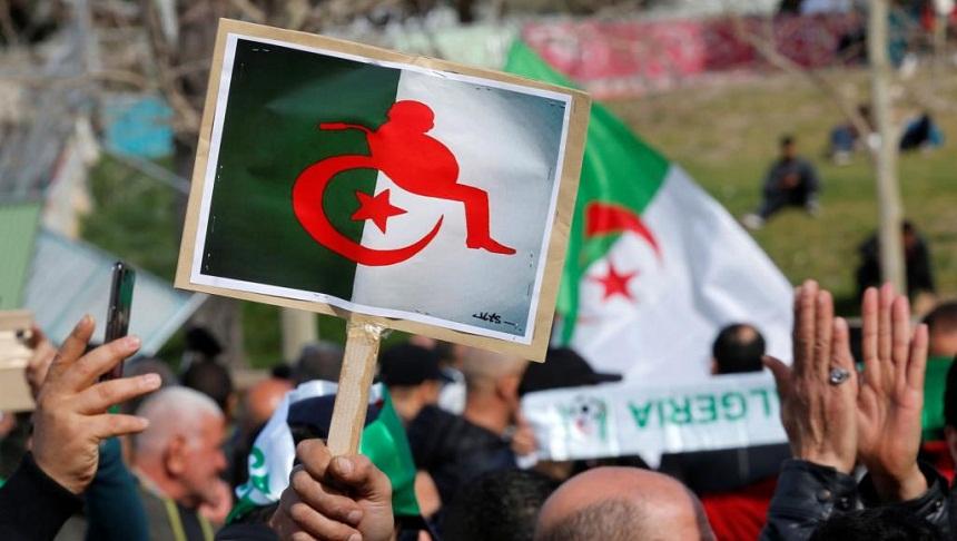 بعد اتساع الحراك الجزائري.. حكومة التوافق في مهب الريح