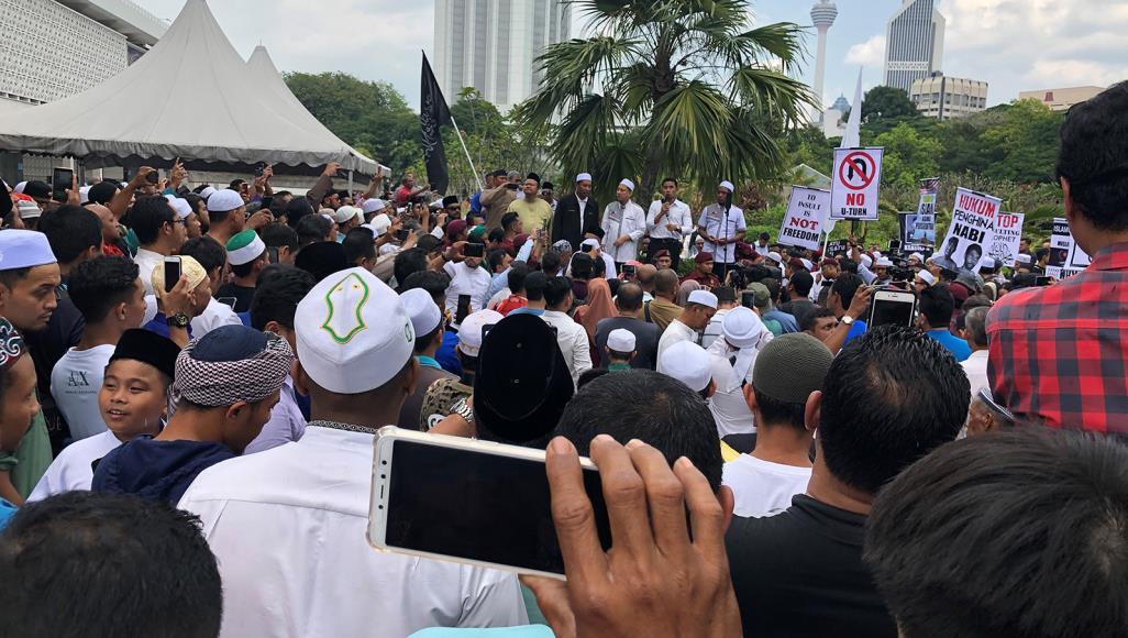 أصنام في مسجد.. غضب بماليزيا تنديدا بالإساءة للإسلام
