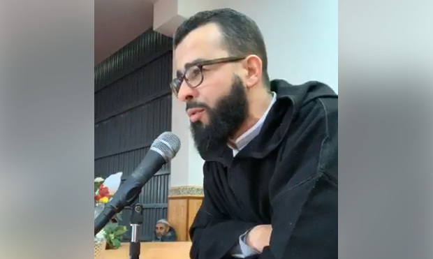 فيديو: سبحان مبدل الأحوال.. من الغناء إلى القرآن.. الشاب رزقي يتلو آيات من سورة مريم