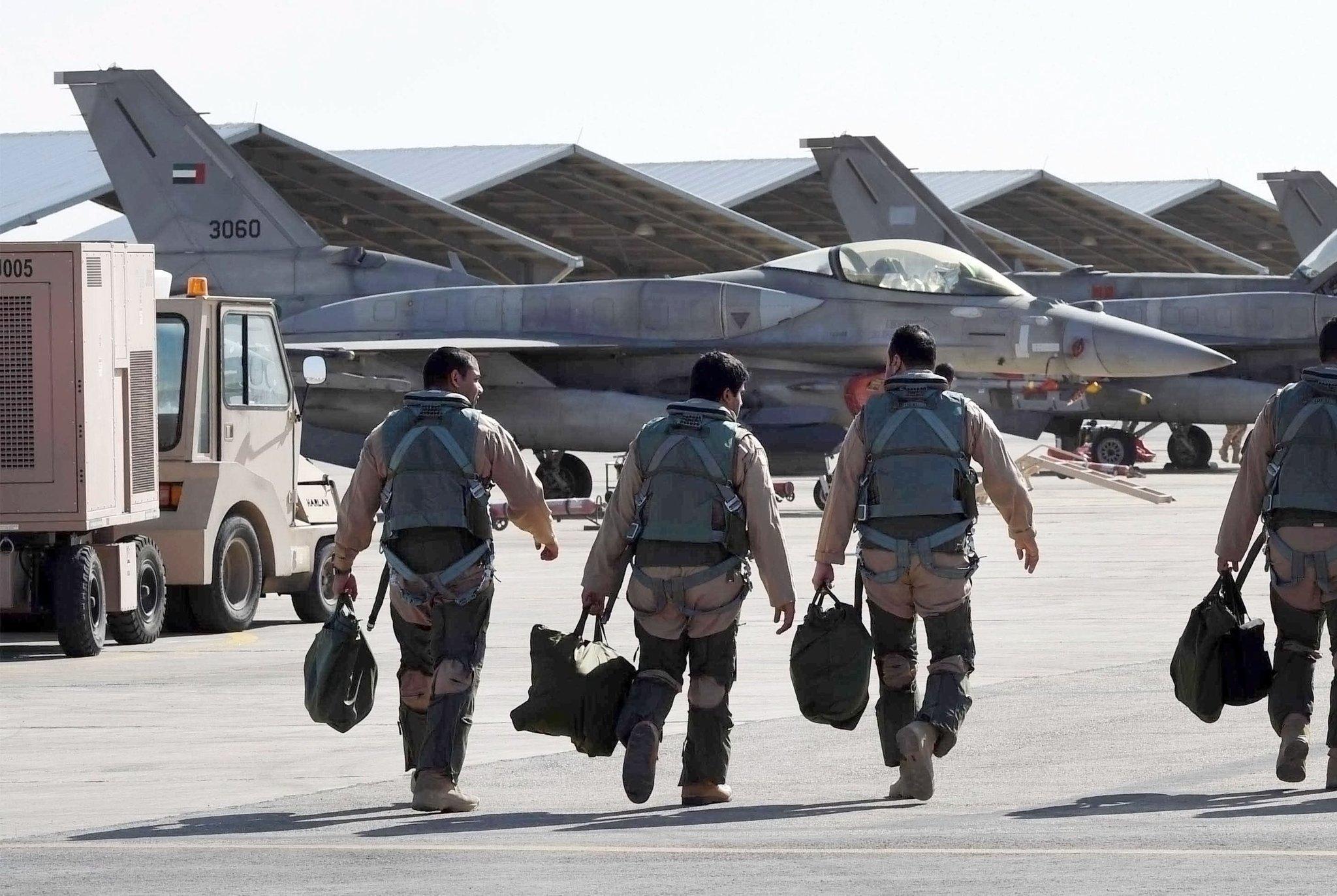 طائرات حربية إسرائيلية تشن غارة جنوبي قطاع غزة