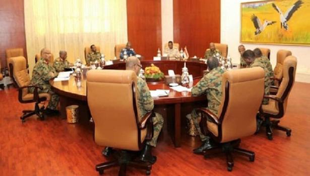 """""""المهنيين السودانيين"""": """"المجلس العسكري"""" يعمل على تقويض مكتسبات الثورة"""
