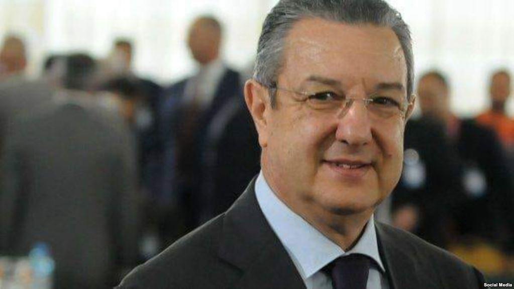 إخضاع وزير المالية الجزائري إلى التحقيق