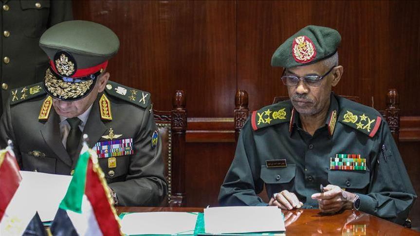 المجلس العسكري السوداني: نحن أبناء سوار الذهب ولن نخون الشعب