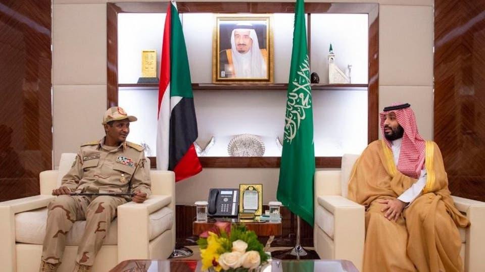 ولي العهد السعودي يجتمع مع نائب رئيس الانتقالي السوداني (صور)