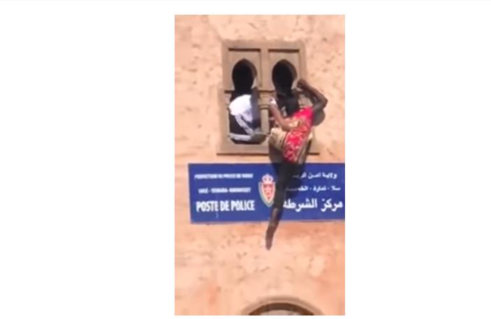 شرطي ينقذ مهاجرة إفريقية من محاولة انتحار بالرباط (فيديو)