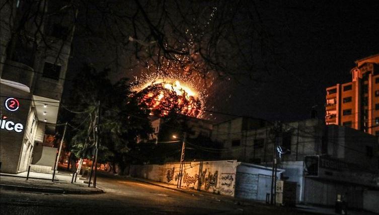 """غزة.. موعد مع """"الهدوء"""" أم """"المواجهة الشاملة""""؟ (تحليل)"""