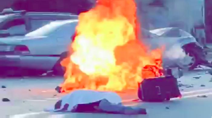 فيديو.. شاهد لحظة وقوع الحادث المميت عندما صدمت سيارة مجموعة دراجات نارية أمس بطنجة