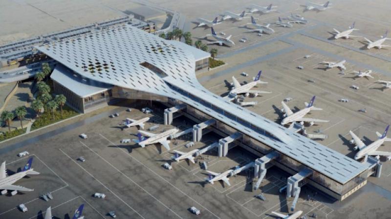 """إصابات في قصف جديد لمطار """"أبها"""" السعودي"""