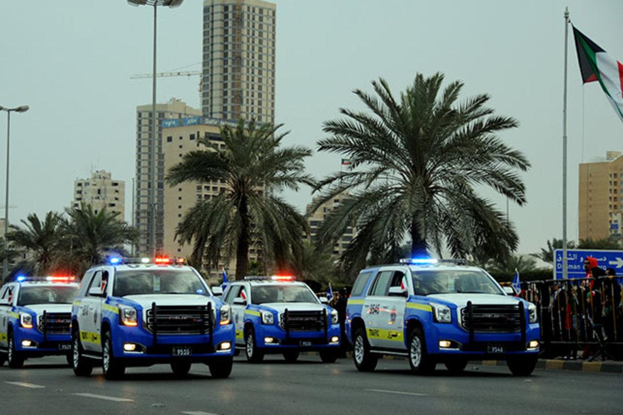 الكويت ترفع درجة المستوى الأمني لتأمين المرافق التجارية والنفطية