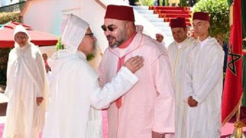 شاهد عثرة العثماني.. كاد يسقط أمام الملك في حفل الاستقبال اليوم