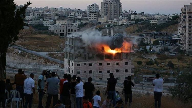 """خطيب الأقصى: الهدم الاسرائيلي في القدس """"تطهير بشري عنصري"""""""