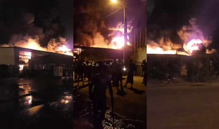 فيديو.. حريق مهول مشتعل الآن بمعمل الزفت طريق البركة الدار البيضاء ورجال الإطفاء يحاولون السيطرة عليه