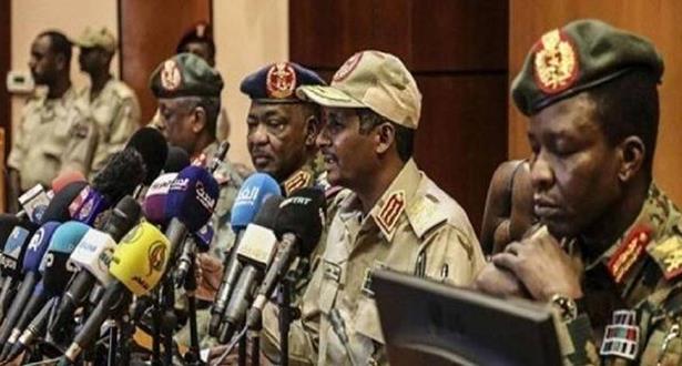 السودان.. تشكيل حكومة مدنية خلال شهر من توقيع الإعلان الدستوري