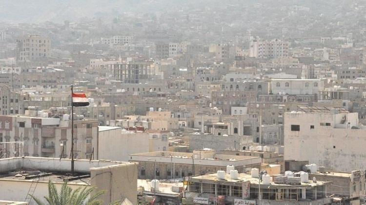"""وزير يمني: الحوار مع """"مليشيات أبوظبي"""" لن يكون إلا بالسلاح"""