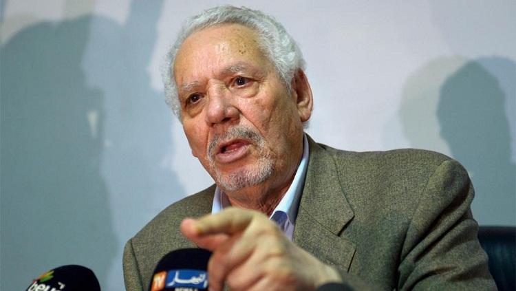 بعد مذكرة بتوقيفه.. جنرال العشرية السوداء خالد نزار يتحدث عن أيام مظلمة بالجزائر