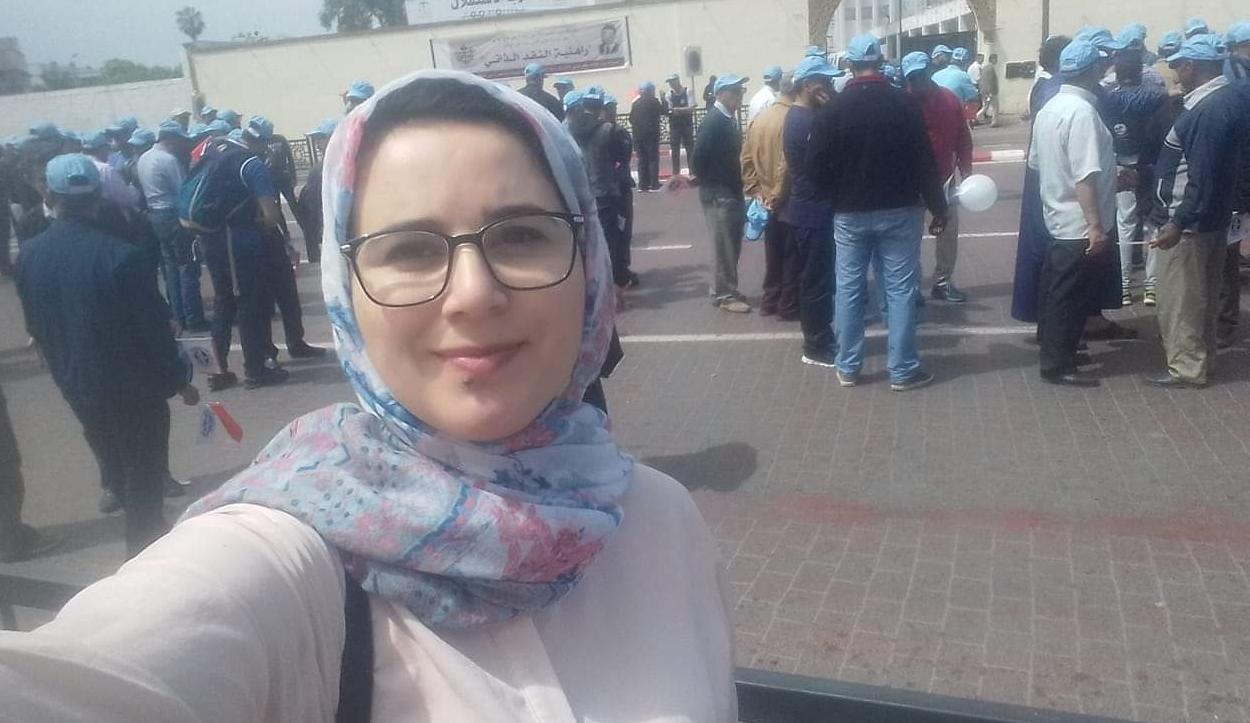 منتدى الكرامة يطالب بإطلاق سراحالصحافية هاجر الريسوني فورا والتحقيق في ادعاء تعرضها للتعذيب