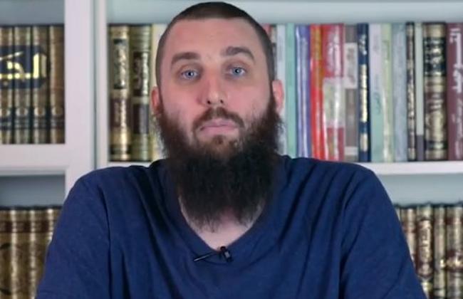 حفيد ملك السويد يحاضر عن الإسلام في المسجد النبوي
