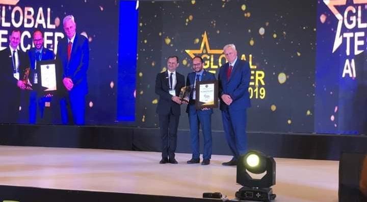 """أستاذ من تزنيت يتوج ضمن فعاليات جائزة """"المعلم العالمي"""" Global Teacher Conclave Awards 2019 الدولية"""