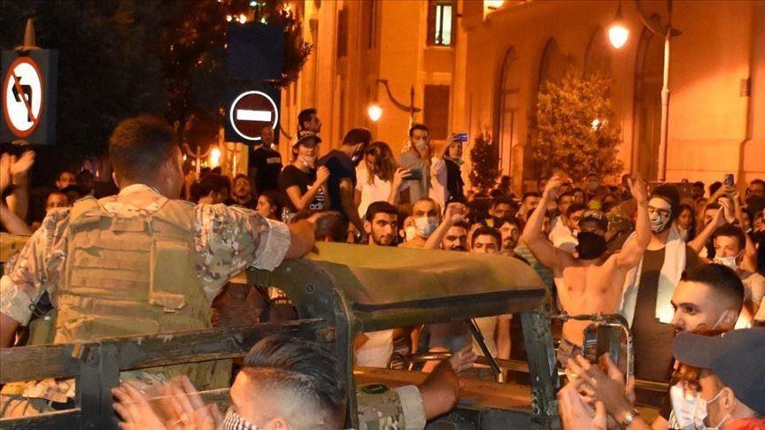 مفتي لبنان يعلن تأييده لمطالب الاحتجاجات في البلاد