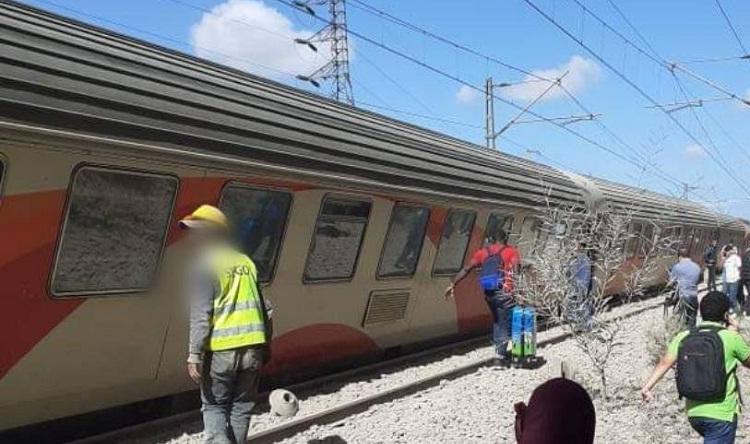 """ONCF"" يفتح تحقيقا في الحادث انحراف القطار عن سكته ببوسكورة"