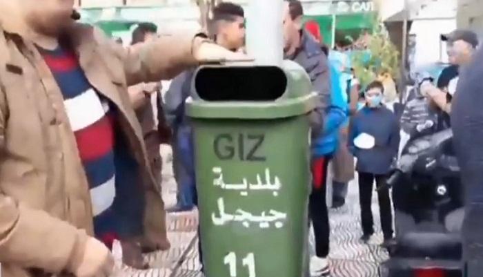 فيديو.. هكذا صوت جزائريون رافضون للانتخابات الرئاسية..!!